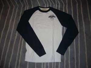 ABERCROMBIE & FITCH(アバクロ)のTシャツ