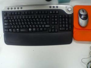 DELL製ワイヤレスキーボードとワイレヤレスマウス