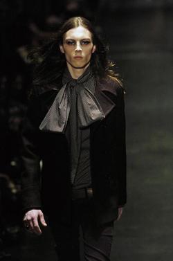 Dior Homme(ディオールオム)ショート丈ピーコート